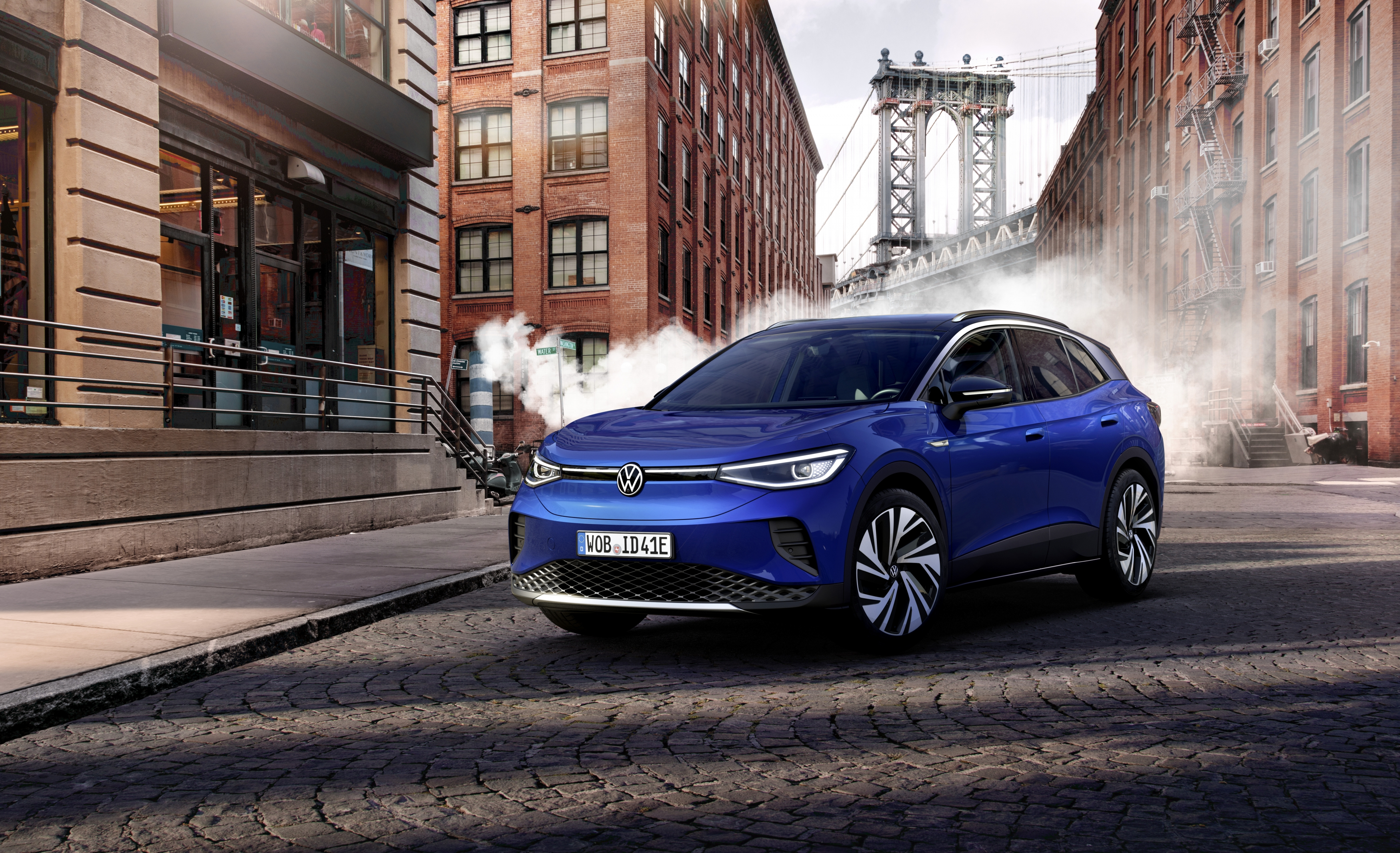 VW ID.4 Arrives with 250-Mile Range and Affordable Lease ...