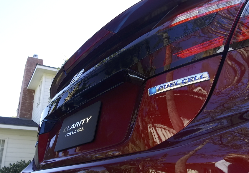 Driving the NEW Hydrogen-Powered 2017 Honda Clarity Fuel