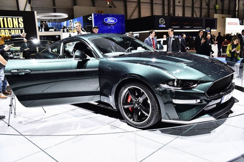 Geneva International Motor Show MotorWeek - Cool car features