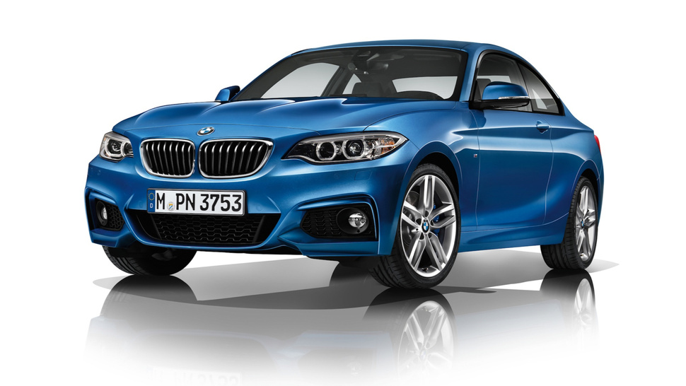 BMW I A Contender In Affordable Luxury Vehicles MotorWeek - Affordable bmw