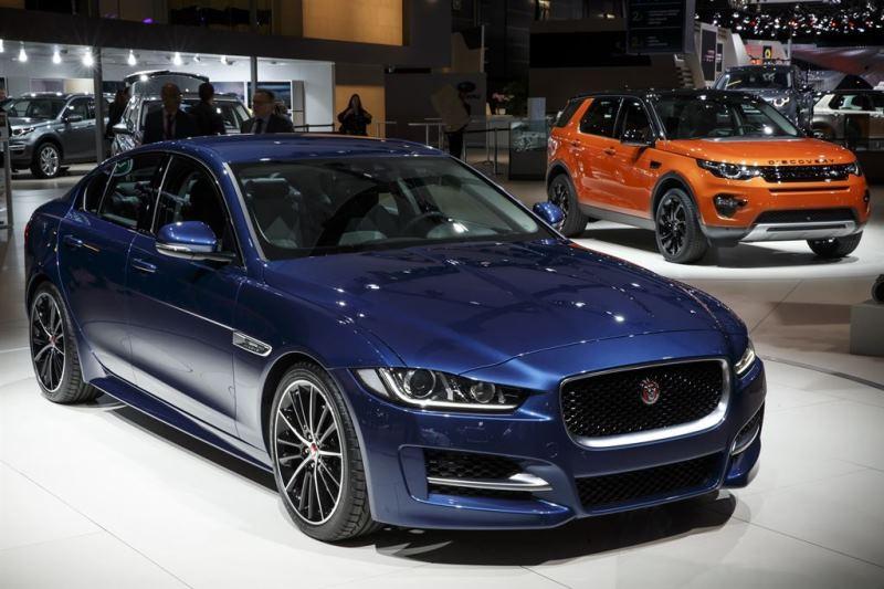 jaguar xe unveiled at the 2014 paris motor show | motorweek