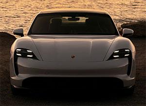 2020 Porsche Taycan Turbo S Motorweek