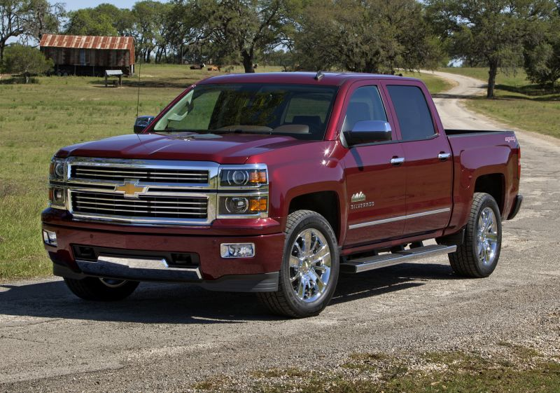 2014 Chevrolet Silverado goes high-end with the High Country edition